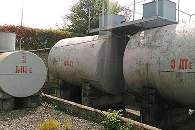 НаДнепропетровщине под известным брендом продавали «левый» бензин